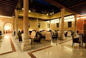 HOTEL_PALACIO_SAN_FACUNDO_в_Сеговии