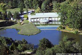 Hotel Logis Des Lacs D'halco хороший отель в Эльзасе