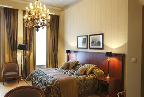 Hotel de Draak & Residence в Dagmara