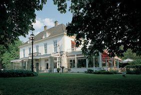 Исторический Hotel Carelshaven в Delden, Нидерланды