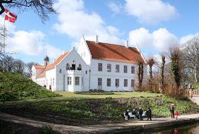 Norre Vosborg - отель в Дании