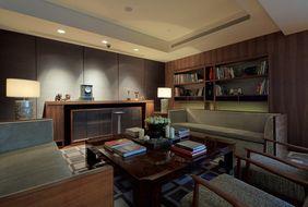Hotel Les Suites Orient в Шанхае
