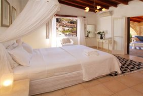 Shemesh Villa Bed & Breakfast на Кипре