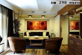 """Margutta 54 Luxury Suites, апартаменты для туристов. Здесь, на via Margutta 21, снимался фильм """"Римские каникулы""""."""
