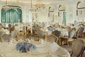 Знаменитый Savoy Hotel в Лондоне