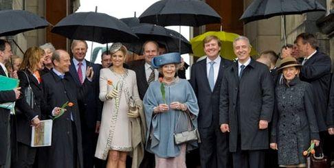 Её Величество Королева Нидерландов