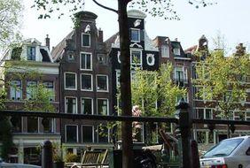 posthorn_amsterdam_canal
